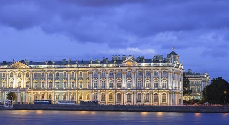 Pogostite.ru - Соло на Адмиралтейской | Санкт-Петербург | С завтраком | Парковка#23