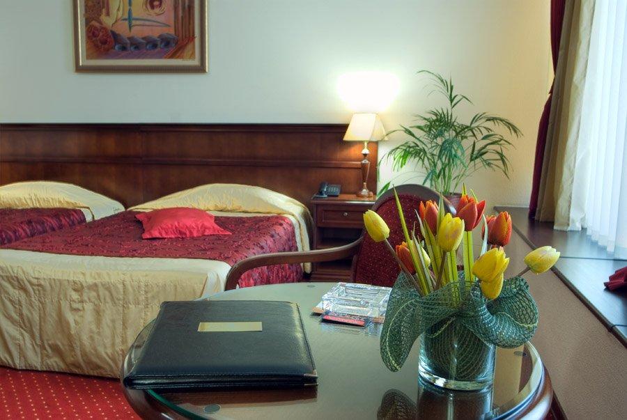 Отель Red Royal Студии