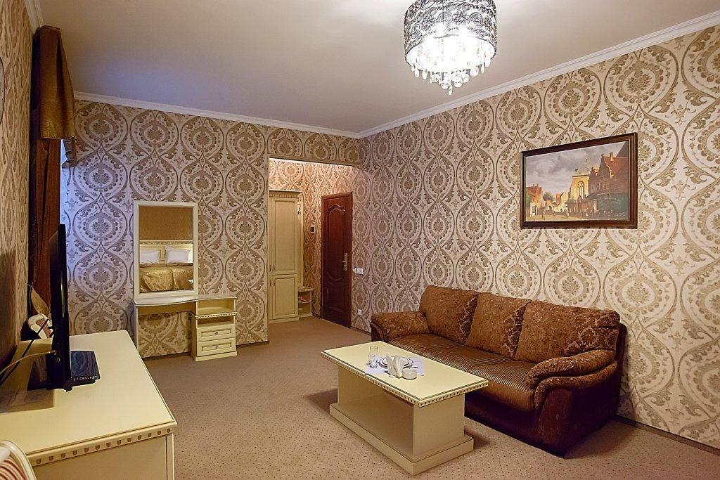 Отель Прага Полулюксы