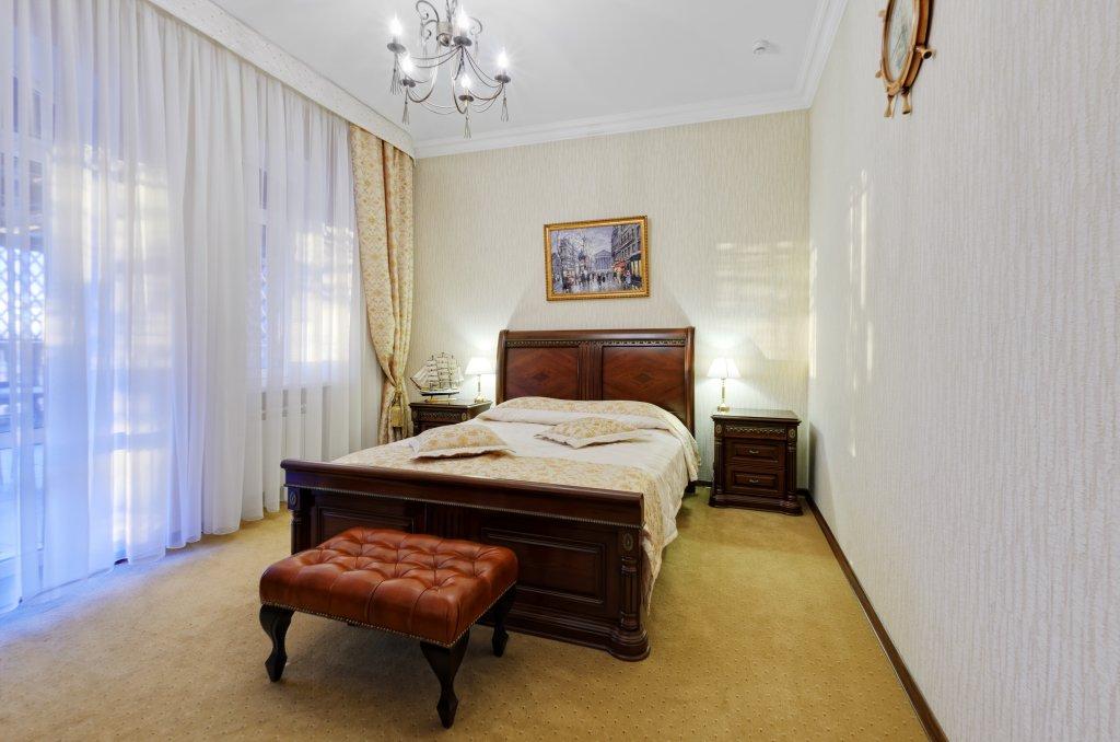 Отель Бристоль Улучшенные люксы