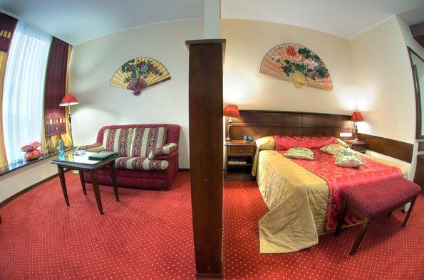 Отель Red Royal Студии Делюкс