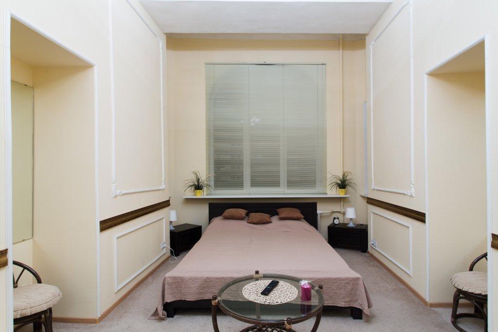 Отель Номера на Советской Номера с общей ванной комнатой