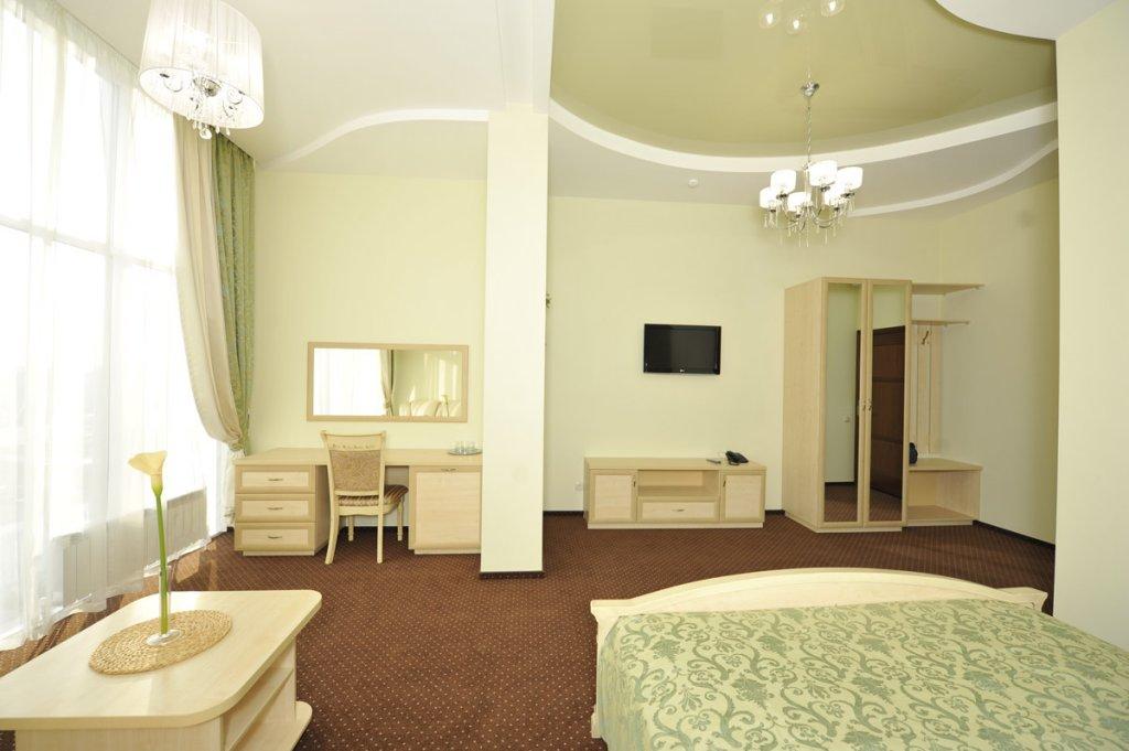 Отель Кристалл Люксы