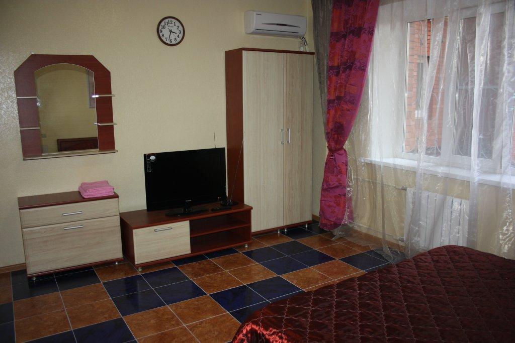 Отель Ласточкино Гнездо, Краснодар