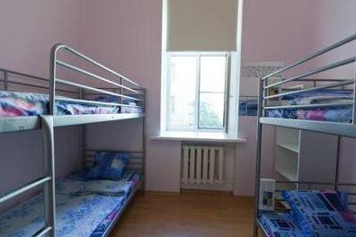Хостел Евротур Кровати в общем номере