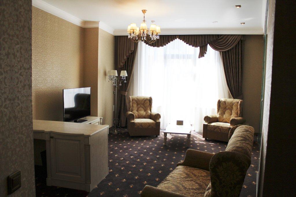 Отель Европа Люксы