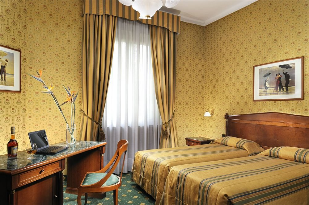 Grand Hotel Plaza, Милан