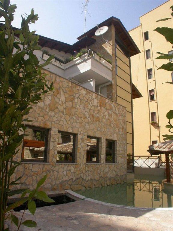 Отель The Strand, Рим
