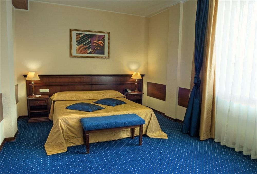 Отель Red Royal Стандартные номера
