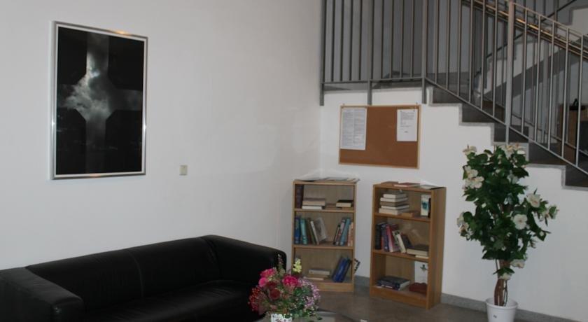 Apartmán Kolonáda, Локет
