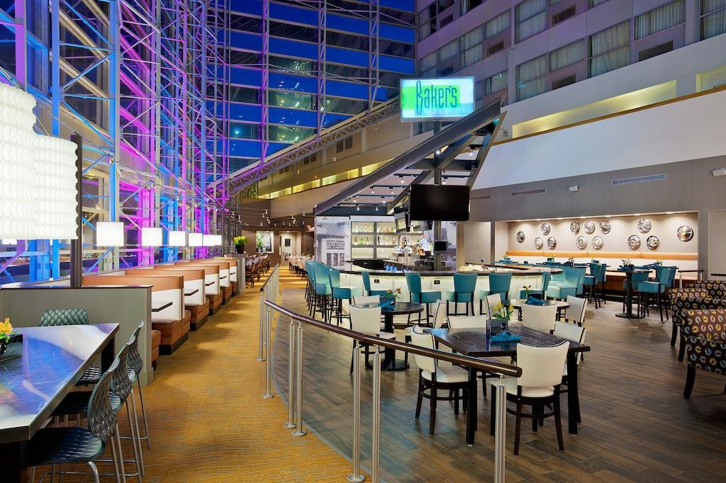 DoubleTree by Hilton Hotel Sou, Элкхарт