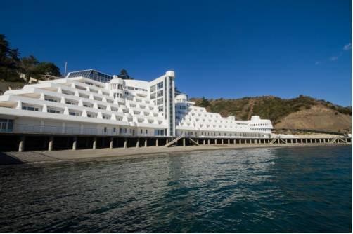 гостиницы партенита крым