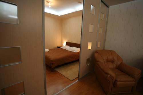 Отель Три сосны Люксы
