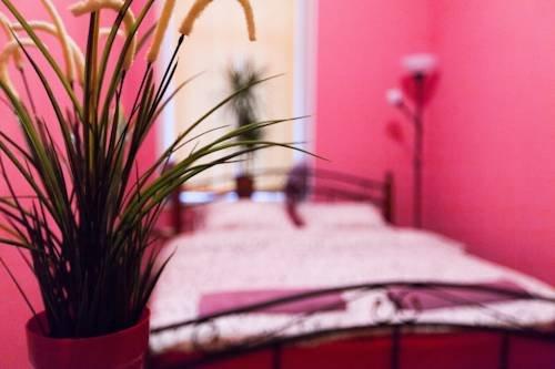 Хостел Home Номера с общей ванной комнатой