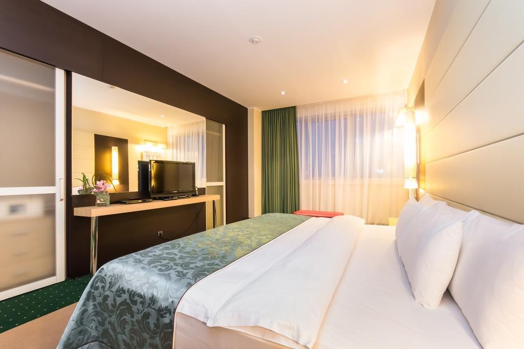 Казань гостиницы в центре цены