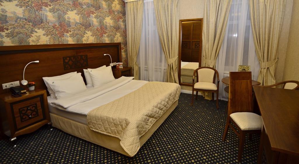 Блюз Отель, Москва