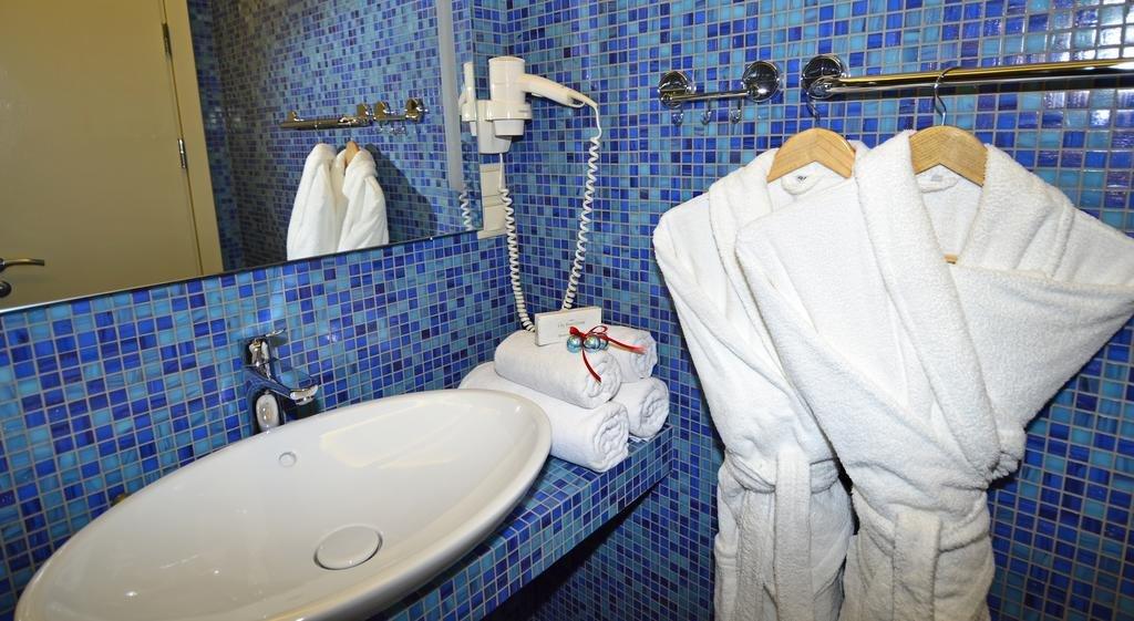 Блюз Отель Улучшенные номера