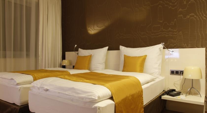 Mikado Hotel, Нитра
