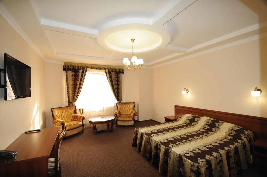 Отель Мальдини Полулюксы