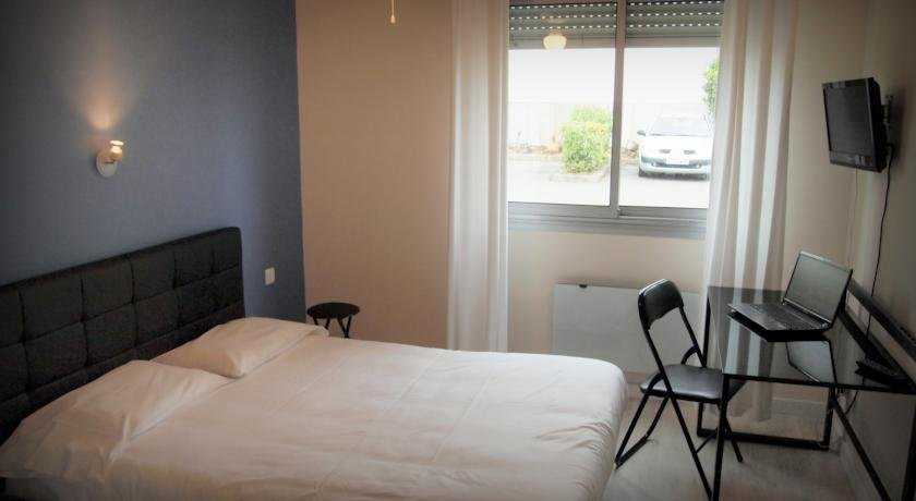Hôtel le Rohu, Сене