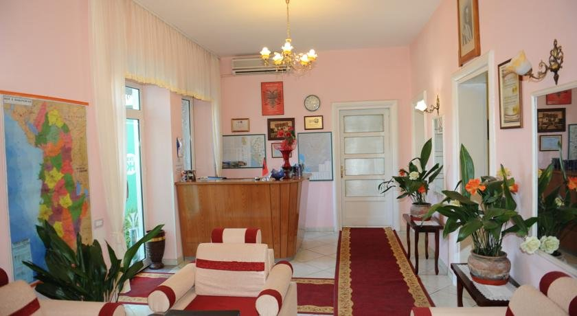 Hotel Kaduku, Шкодер