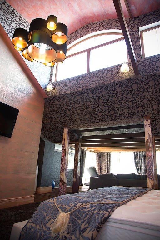 Отель Buen Retiro Hotel Улучшенные люксы