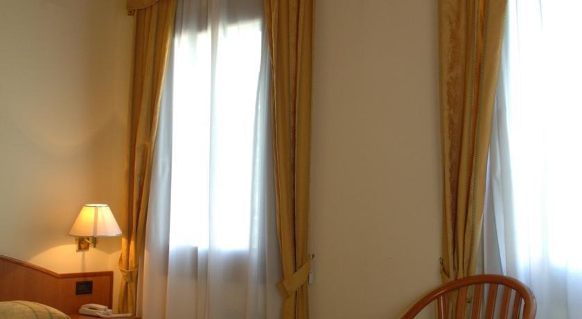 Hotel Forte Del 48, Сан-Дона-ди-Пьяве