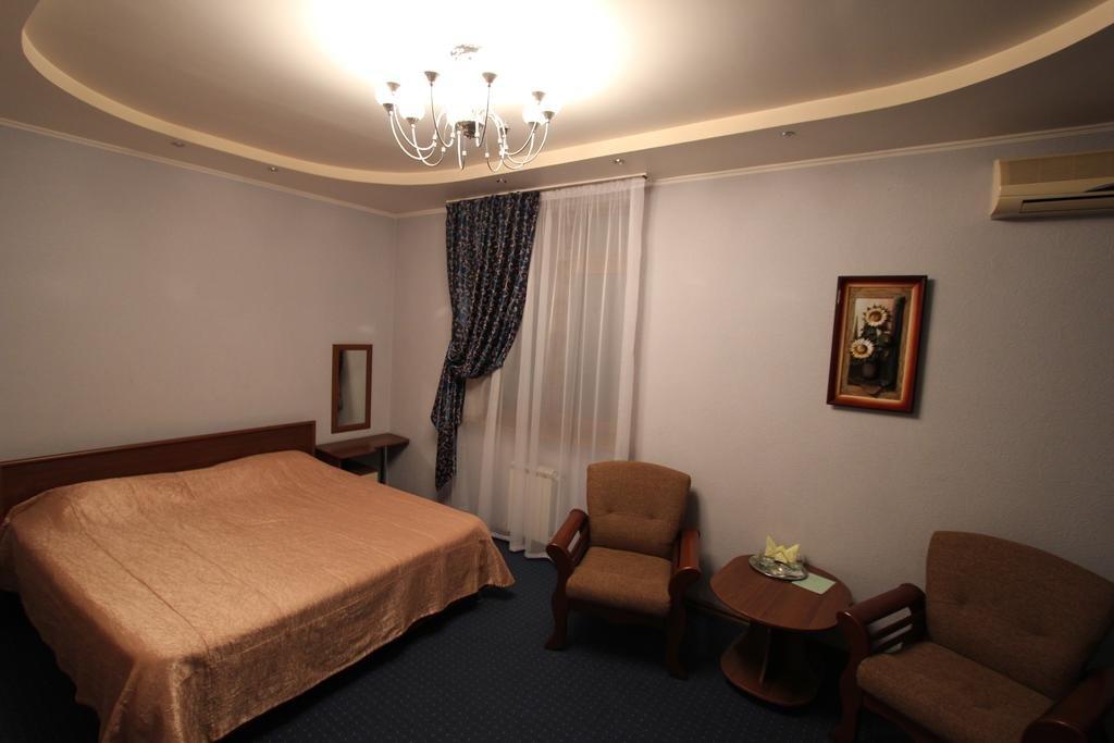 Тис Отель Улучшенные номера