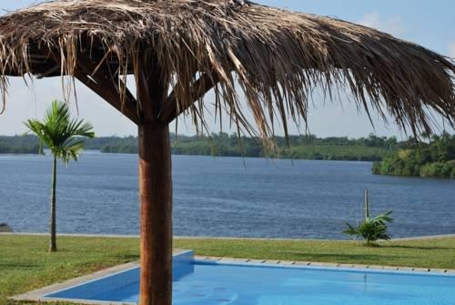 Kalla Bongo Lake Resort, Хиккадува