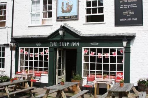 The Ship Inn, Рай