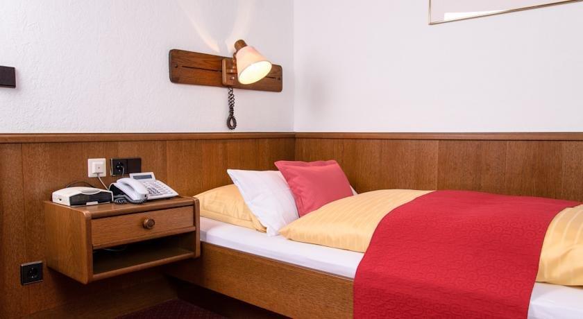 Hotel am Ring, Нёрдлинген