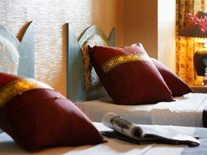 Nasa Vegas Hotel 3*.  #124