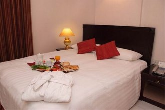 Al Sharq Hotel 2*.  #13