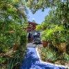 Отель Sunflower Villa Studios by CMD в Палм-Биче