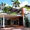 Отель Radisson Fort George Hotel and Marina в Кайе-Чейпле