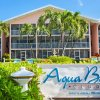 Отель Aqua Bay Club Luxury Condos в Севен-Майл-Биче