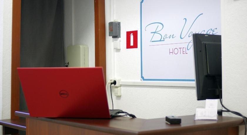 Bon Voyage hotel