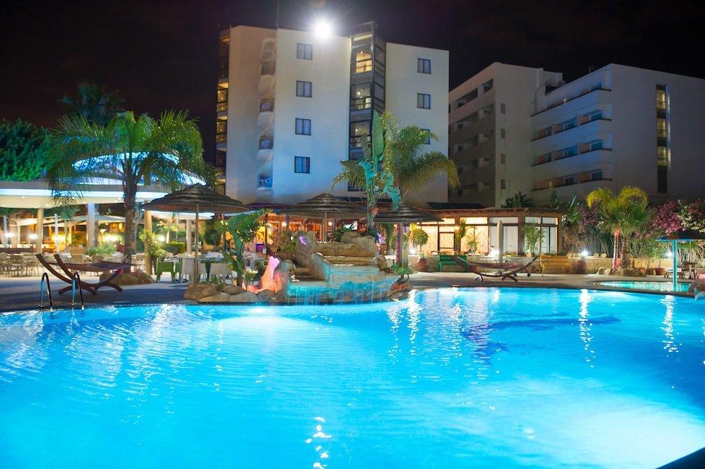 сравнению описание отелей айанапы с фото рубленой