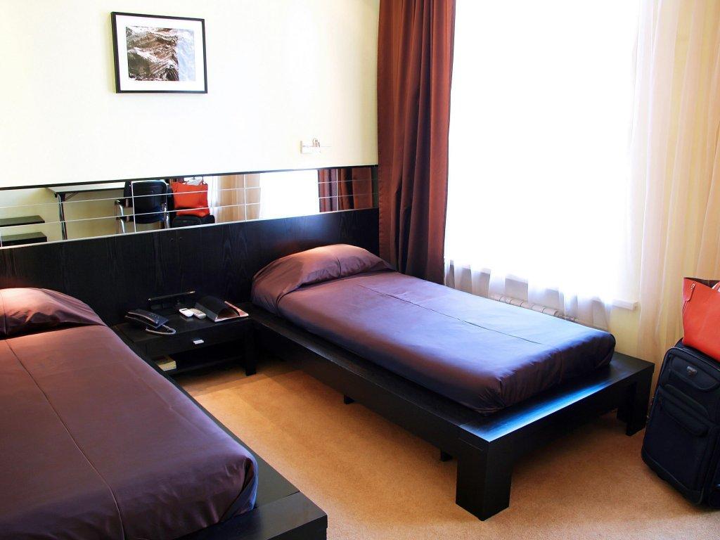 Stony Island Hotel on Kamennoostrovskiy
