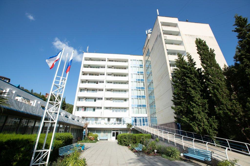 отель голубая волна алушта фото диагностики пахово-мошоночной грыжи