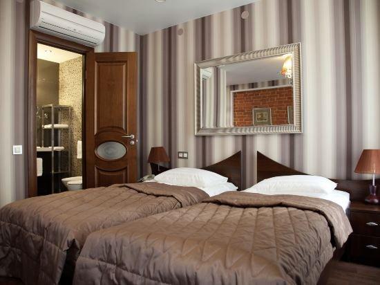 Martin Hotel
