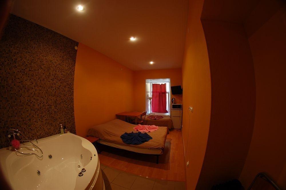 Samsonov Hotel in Marata, 30