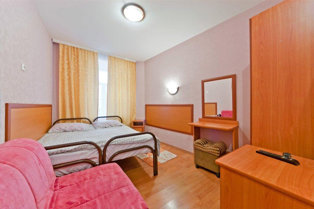 Leo-Lina Mini-Hotel