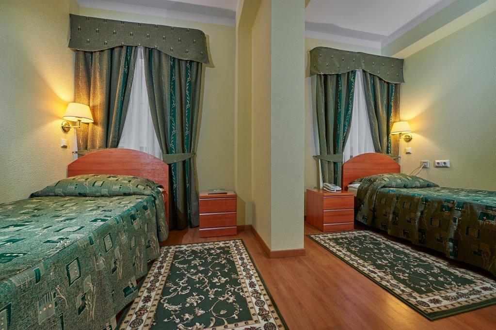 Hotel Dostoevsky