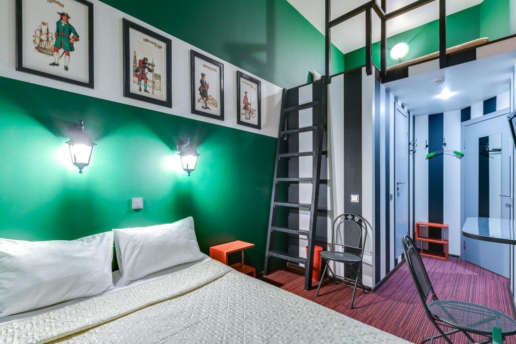 15 Komnat Peterburgskaya Kvartira Apartments