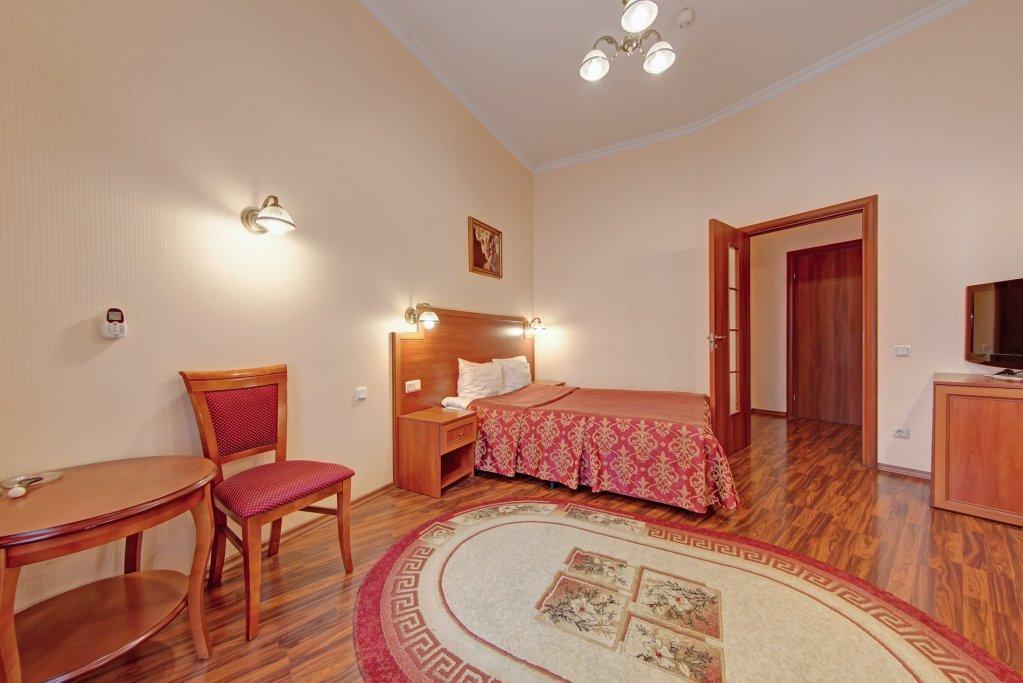 Ligovsky 21B Living quarters
