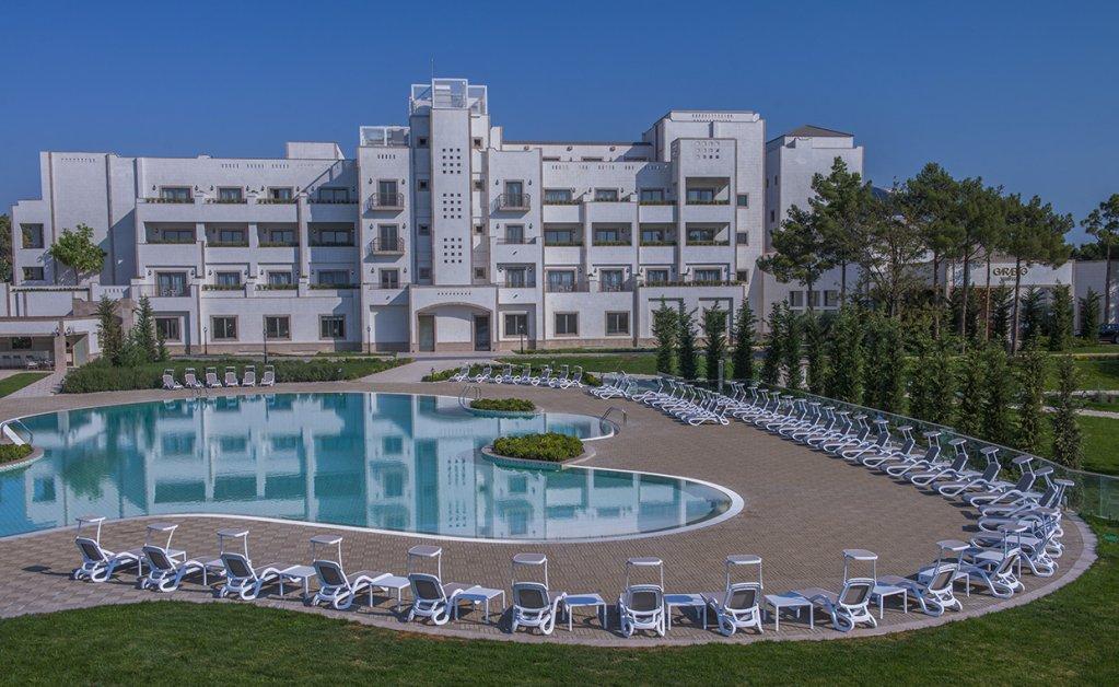 Отель Гарабаг в Нафталане