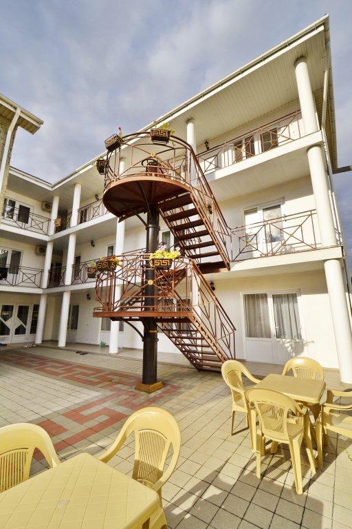 Morskoj Guesthouse