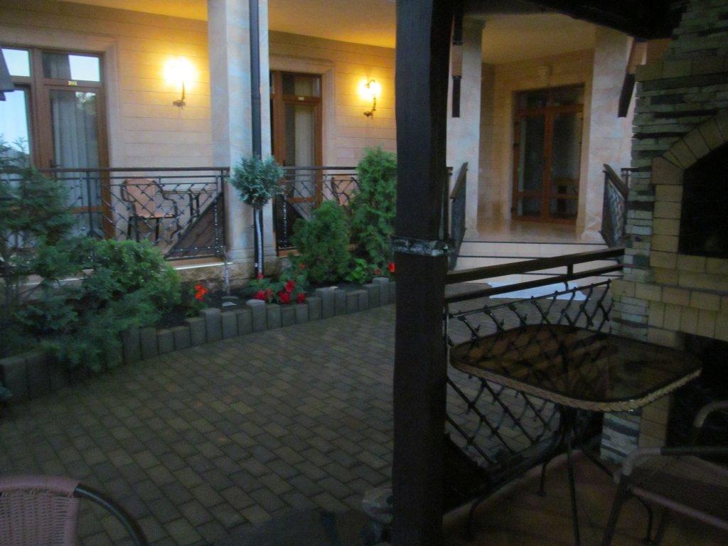 Yuzhnyij Guest House