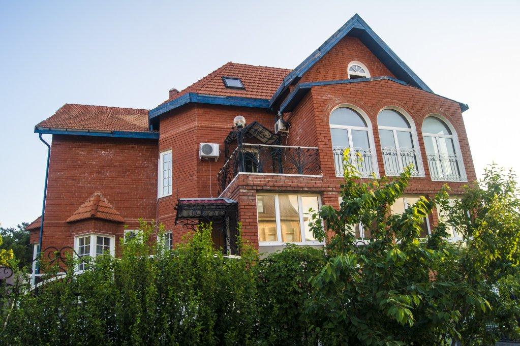 Belaya Nevestochka Guest House